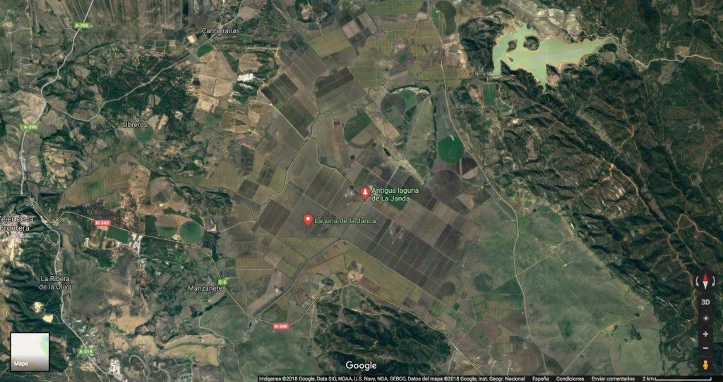 En esta imagen actual de google se aprecia la división agrícola que ha sufrido la laguna de La Janda, convertida en campos de cultivo de algodón y arroz, principalmente.